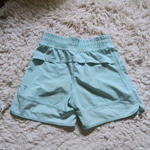 Ivivva Aqua Shorts girls size 10